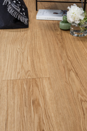 Tammi Natural Wood Täljd & oljevaxad parkett 255 mm bred